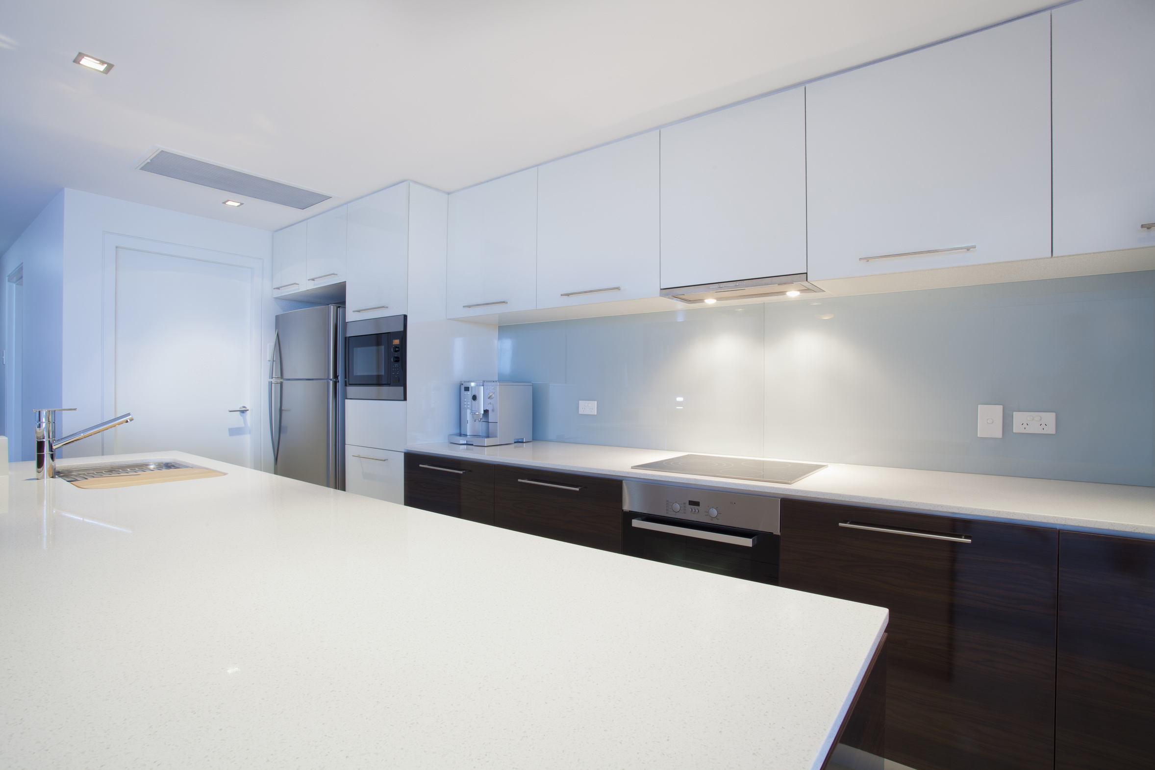 our residential cleaning services range from move in home cleaning post construction cleaning seasonal deep cleaning frequent home cleaning carpet detox